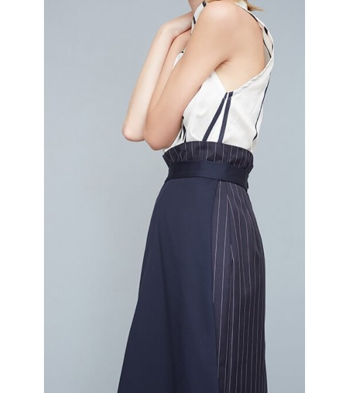 Asymmetric high-waisted skirt half-flared, half-straight
