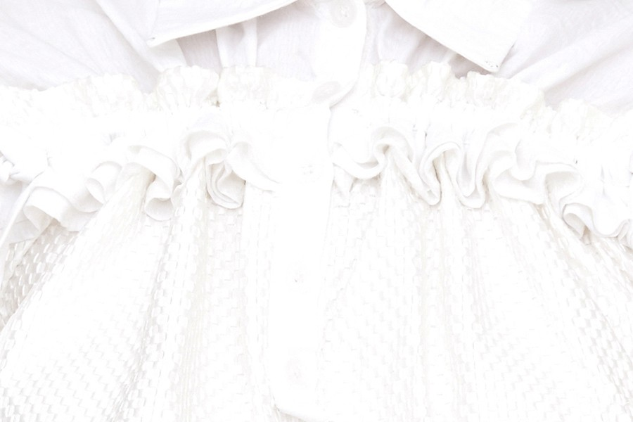 Short gathered kimono sleeve