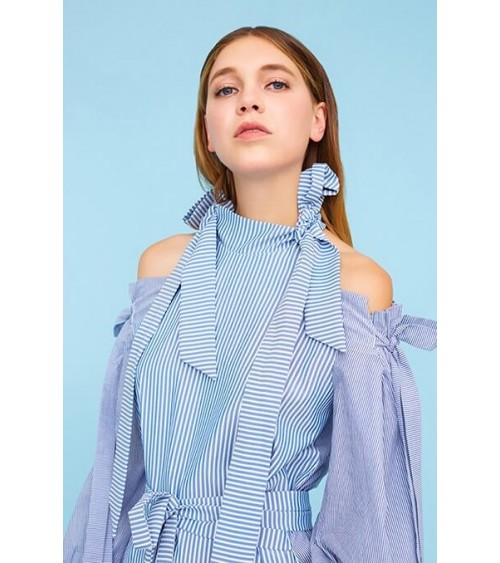 Le 910 - Belted bow dress, o-the-shoulder encircled with bare shoulder