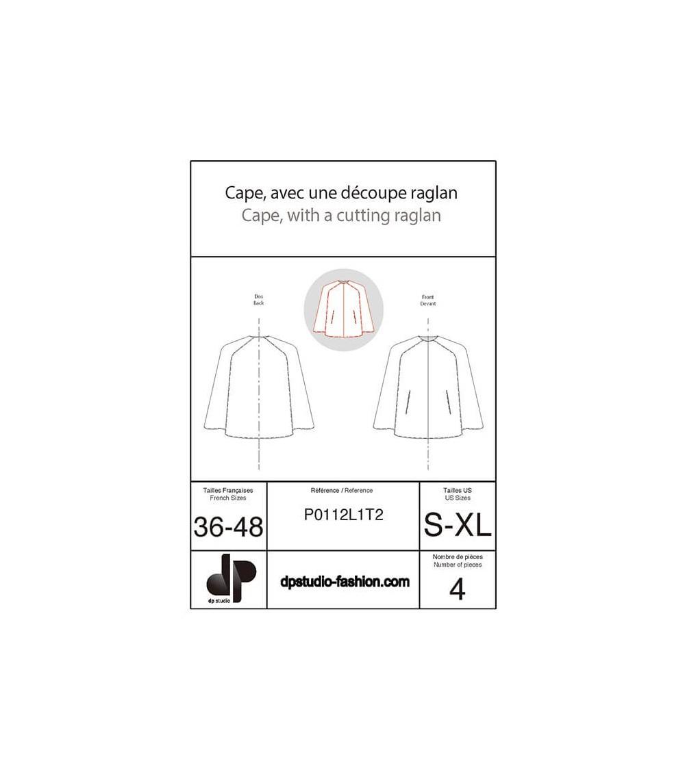 Cape, avec une découpe raglan