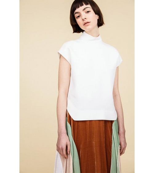 Le 403 - Skirt with godets and seam detail