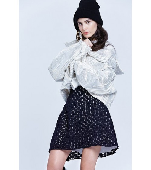 le 407a b and c - Cross-over pleated skirt