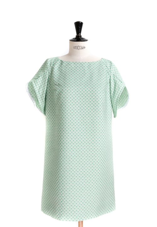 Le_9001_PDF_Flared dress/top with tulip sleeves