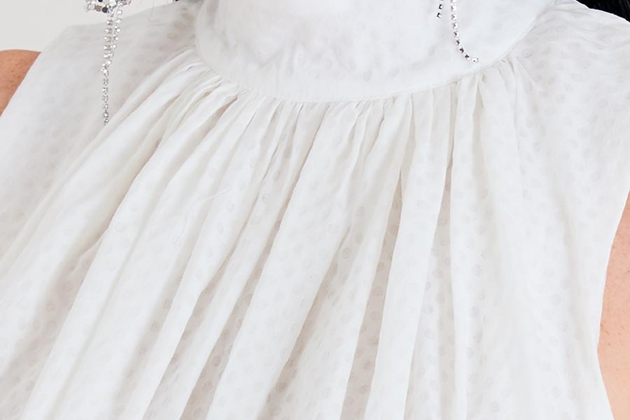 Le 925 Jade Robe droite sans manche effet taille empire crème et pois blanc