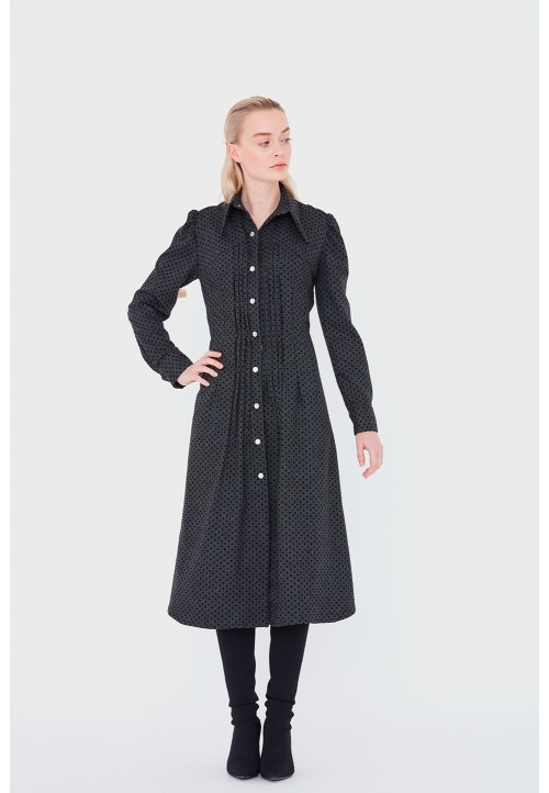 Le 607 Chemise/robe à plis devant avec empiècements