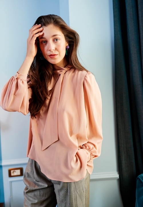 Le 608 Léa Tie-neck blouse Nude