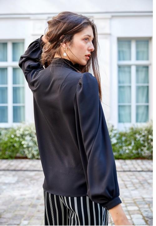 Le 608 Tie-neck blouse