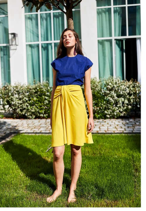 Le 417 Flared and drapery skirt yellow