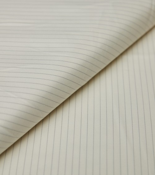 Black finest stripes off...