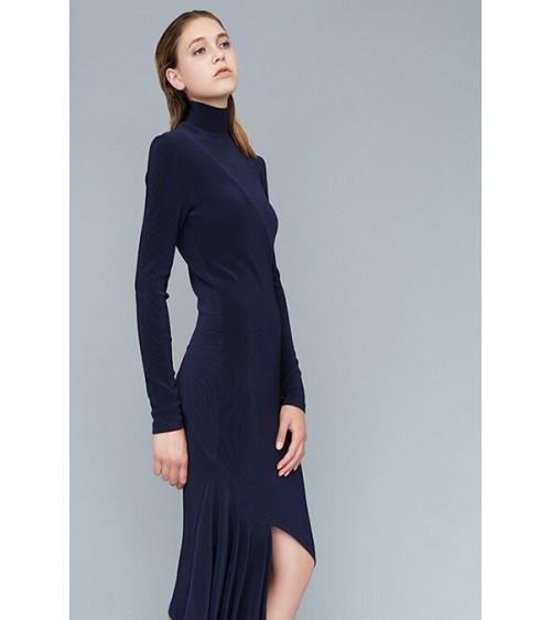 Robe asymétrique, maille