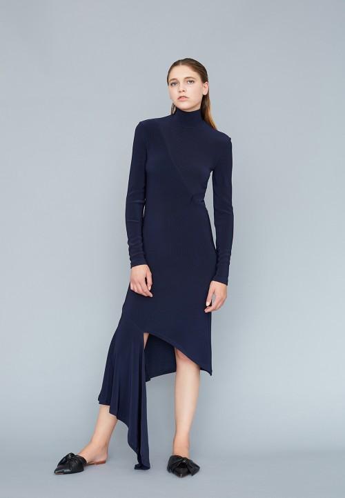 Le 003 - Knit asymmetric dress